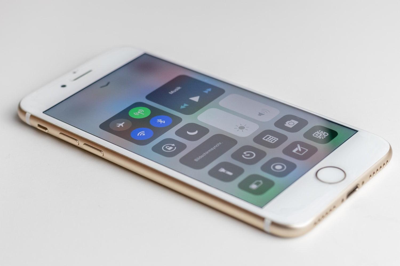 iPhone 7 Plus Ön Cam
