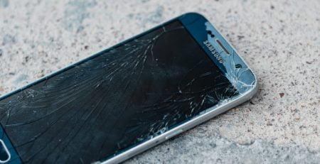 iPhone Ön Cam Değişimi İstanbul